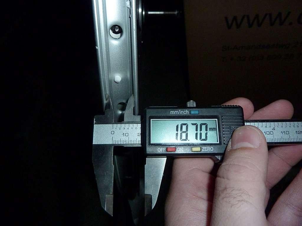 Quel pneu adapter sur une jante 28 pouces forum cyclurba - Comment monter une chambre a air de velo ...